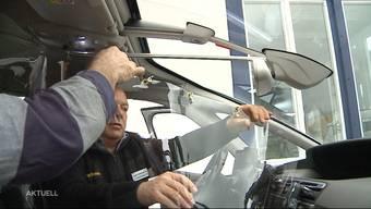 "Thumb for 'Taxi-Betreiber macht seine Fahrzeuge ""Virus-sicher""'"