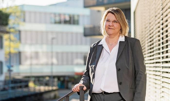 Kantonsärztin Yvonne Hummel: Bald Tests für alle mit Corona-Symptomen möglich.