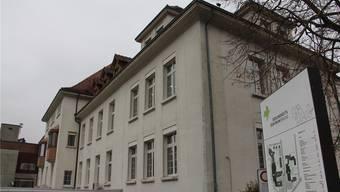 Das Hospiz Stationär Palliative Care in Brugg mit seinen neun Zimmern befindet sich unter dem Dach des ehemaligen Bezirksspitals.CM