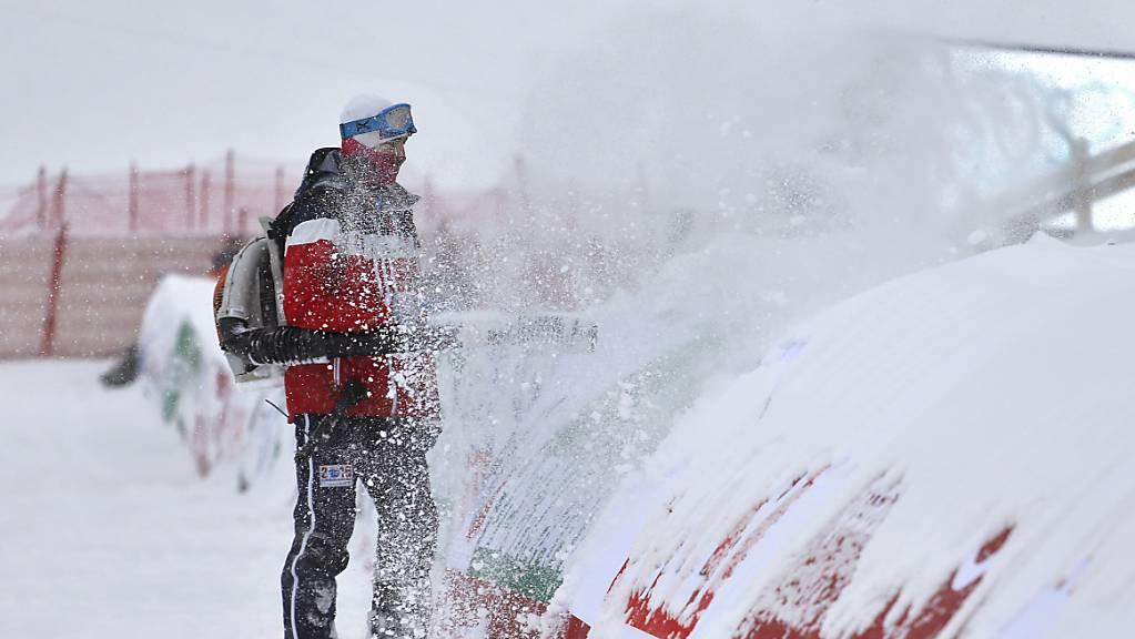 Wegen dem vielen Neuschnee ist in Val Gardena keine Abfahrt möglich (Archivbild)