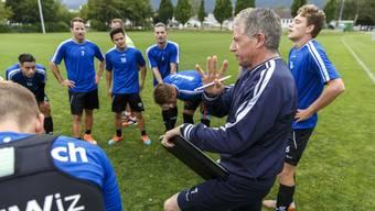 Trainer Roland Hasler konnte seine Mannschaft nicht zum Erfolg gegen Trimbach führen: Die Partie endete 2:3.