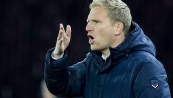 Thuns Cheftrainer Marc Schneider ist immer ganz bei der Sache