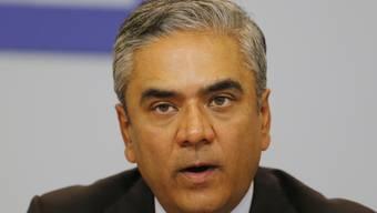 Anshu Jain, Co-Chef der Deutschen Bank, verliert an Rückhalt: Bereits wurde er von Aktionären massiv kritisiert, nun ertönen aus der Belegschaft Forderungen nach einem radikalen Neuanfang für die Bank - ohne Jain (Archiv)