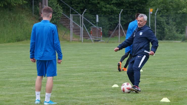 Emilio Munera trainierte zu Beginn des Jahres noch den FC Lenzburg.