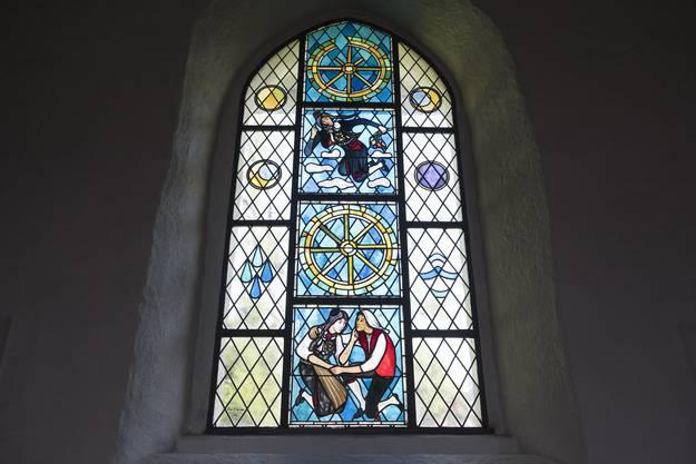 Die traurige Geschichte von Vreneli und Hans-Joggeli auf dem Kirchenfenster.