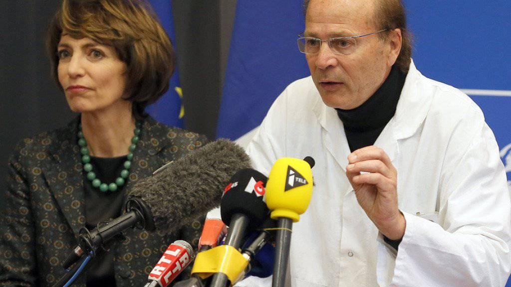 Gesundheitsministerin Marisol Touraine und Professor Pierre-Gilles Edan am Freitag an der Medienkonferenz in Rennes.