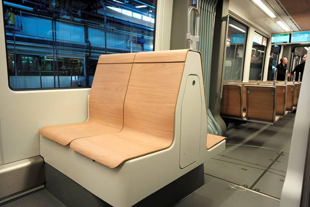 Die holzigen Sitze wurden von den BVB-Kunden gewünscht.