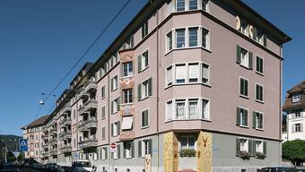 Häuser der Wohnkooperative ABZ an der Zypressenstrasse in Zürich. (Aufnahme vom Juni 2016)