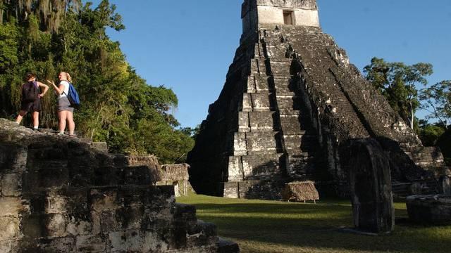 Maya-Ruinenstätte Tikal in Guatemala
