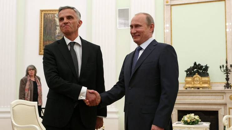 Der damalige Bundespräsident Didier Burkhalter und Wladimir Putin bei ihrem Treffen 2014 im Kreml.
