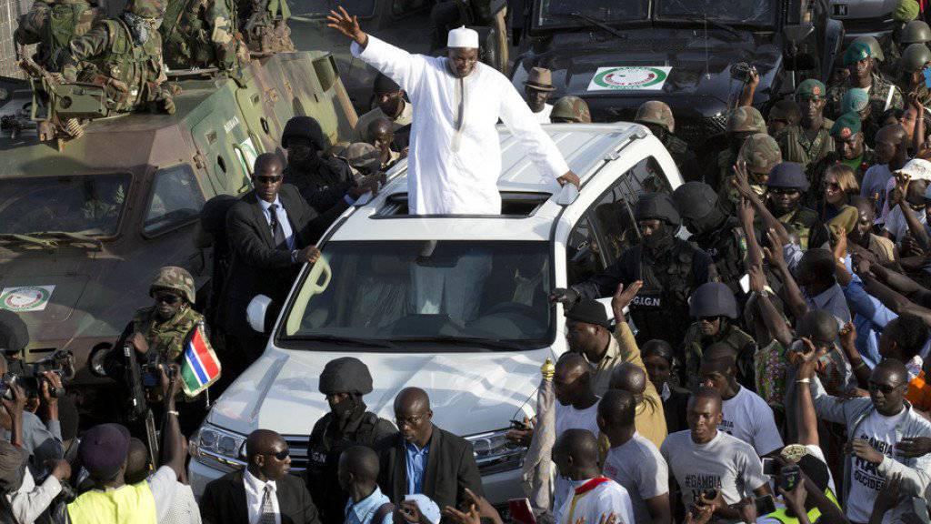 Der neue Präsident Gambias Adama Barrow ist in sein Heimatland zurückgekehrt.