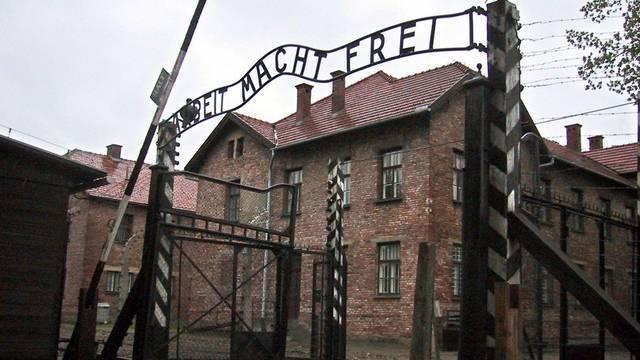 Über den Holocaust darf man keine Witze machen (Archiv)