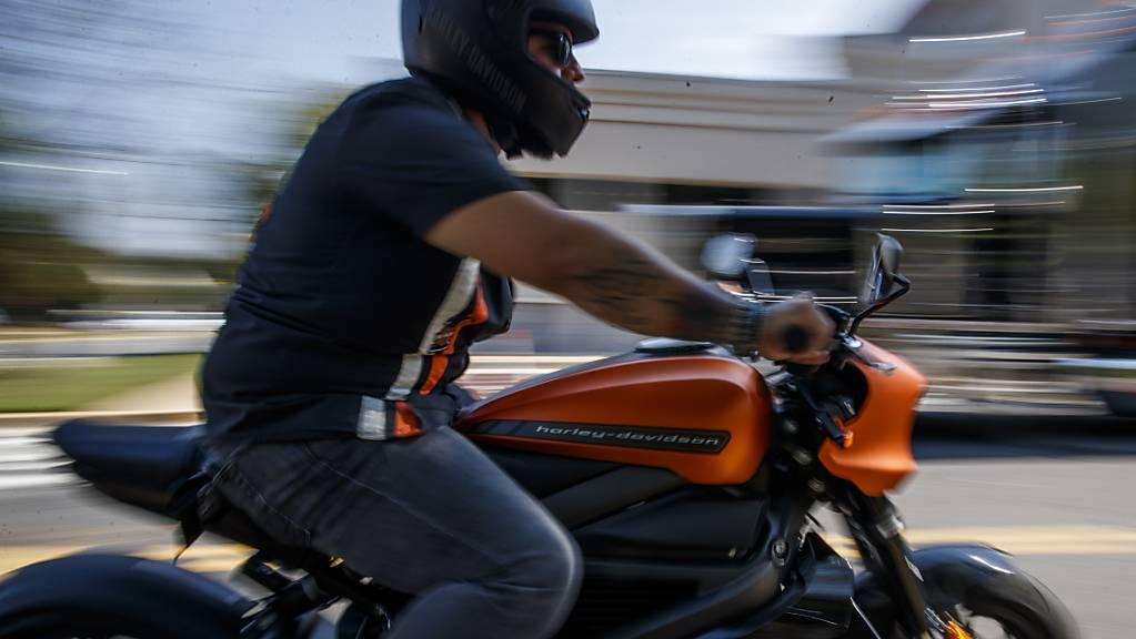 Angeblich Probleme mit der Batterie: Harley-Davidson stoppte die Produktion seines Elektromotorrads «LiveWire» vorläufig. (Archivbild)
