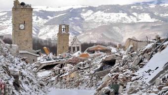 Amatrice - nun auch noch unter Schnee begraben.