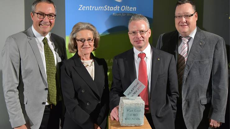 Von links Urs Blaser, Hilde Schwab, Kurt Loosli (Milestonepreisträger 2014) und Marc Thommen (Laudator).