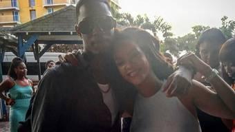 An Heiligabend feierte Rihanna auf Barbados noch mit ihrem Cousin Tavon, 24 Stunden später war er tot. (Instagram)