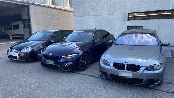 Autoposer, Zur späteren technischen Überprüfung vorläufig sichergestellte Autos