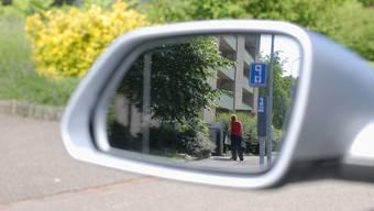 Sozialdetektive dürfen im Kanton Zürich weiterhin ermitteln.