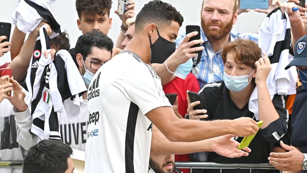 Cristiano Ronaldo soll seinen Vertrag bei Juventus Turin erfüllen