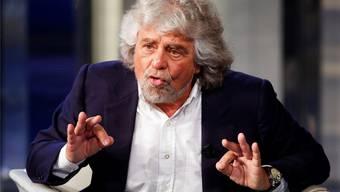 Seine Bewegung gerät jetzt selber in den Ruch der Mafia: Beppe Grillo. Reuters