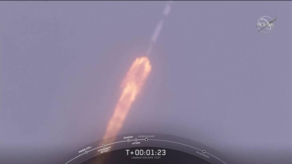 Rakete explodiert - Mission erfolgreich!