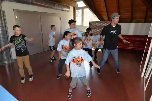 Hip Hop Moves mit Tomaso Schönwälder