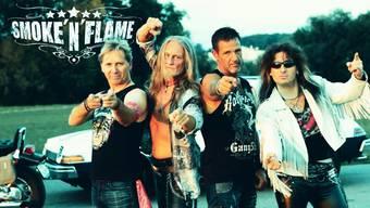 Smoke'n'Flame mit Sänger Harry Jetzer (rechts) werden zusammen mit vier weiteren Bands auftreten am Swiss Glam Rock Fest.