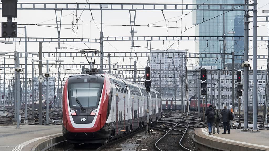 Bombardier erleidet Verlust wegen Zug-Projekten in Deutschland