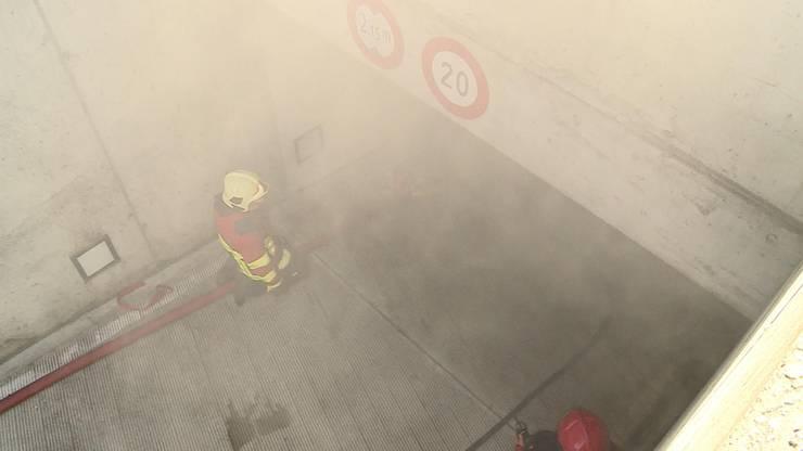 Der Brand verursachte enorm viel Rauch