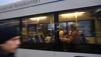 Keine Fahrt um den Hauptbahnhof für Bus und Tram.