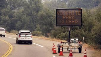 Knapp drei Wochen war das Yosemite-Tal in Kalifornien wegen des Waldbrands geschlossen. Am Dienstag durften Besucherinnen und Besucher wieder einreisen. (Archivbild)