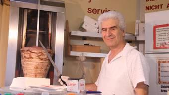 Arsen Cam: «Ich bin so dankbar, hier weiter Kebab verkaufen zu dürfen. Danke all meine Kunden, die sich für mich eingesetzt haben.» PKR