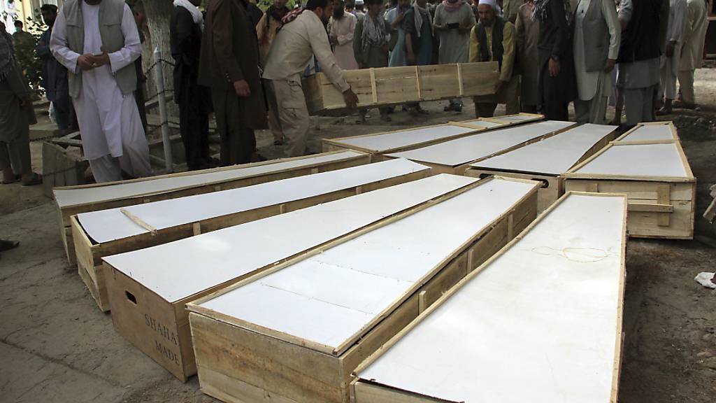 Mindestens zehn Tote nach Angriff auf Minenräumtrupp in Afghanistan