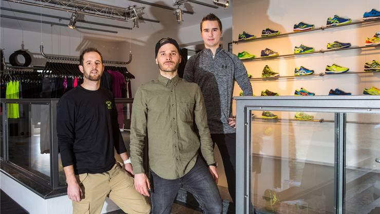 Sie bringen Erfahrung im Sportfach, im Produktemanagement und in der Sportberatung mit (v.l.): Yannick Knuchel, Michael Obrecht und Boris Graber.