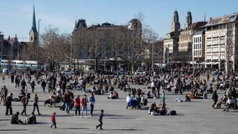 Der Sechseläutenplatz den Leuten:Eine Volksinitiative verlangt, dass nur noch ein Minimum an Veranstaltungen bewilligt wird.