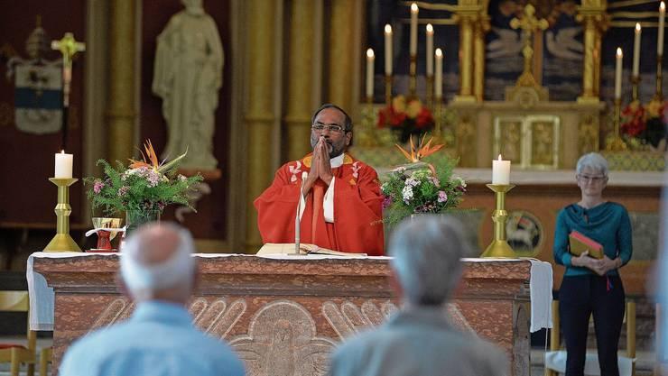 Erster gemeinsamer Gottesdienst mit den Gläubigen des Pastoralraumes St.Wolfgang für Pfarrer Thomas Odalil.