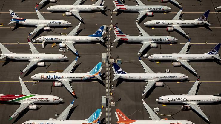 Ein Untersuchungsausschuss des US-Kongresses hat wegen der Boeing-737-Max-Abstürze schwere Vorwürfe gegen den Flugzeugbauer und die Luftfahrtaufsicht FAA erhoben. (Symbolbild)