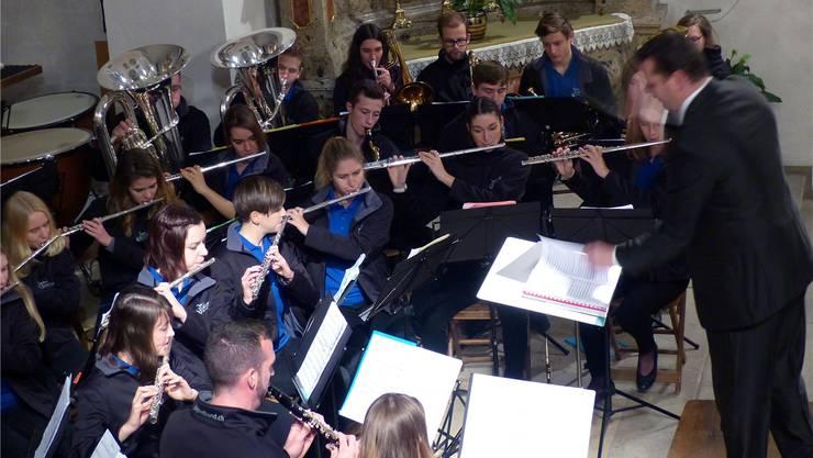 Die Jugendband begeisterte unter Leitung von Valentin Sacher. Ingrid Arndt