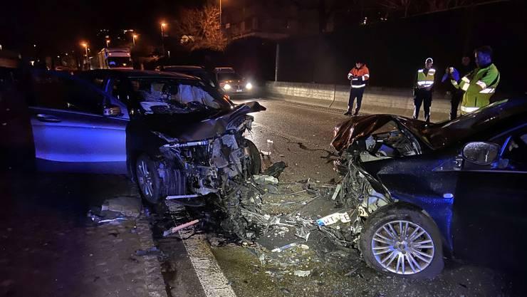 Auf der Koblenzerstrasse in Döttingen geriet ein Neulenker auf die Gegenfahrbahn und kollidierte mit einem anderen Auto.