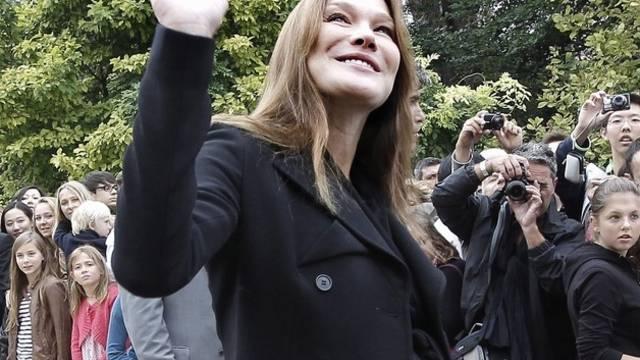 Möglicherweise ist der kleine Sarkozy schon auf der Welt - Carla Bruni im September