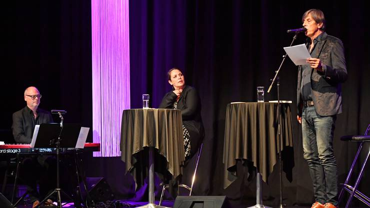 Hauptdarstellende: von links Roman Wyss, Nicole Knuth und Pedro Lenz als unterhaltsames Trio.