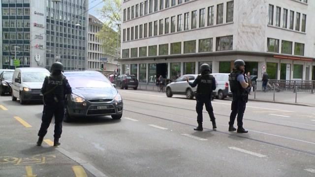 Polizei-Grosseinsatz nach Bijouterie-Überfall