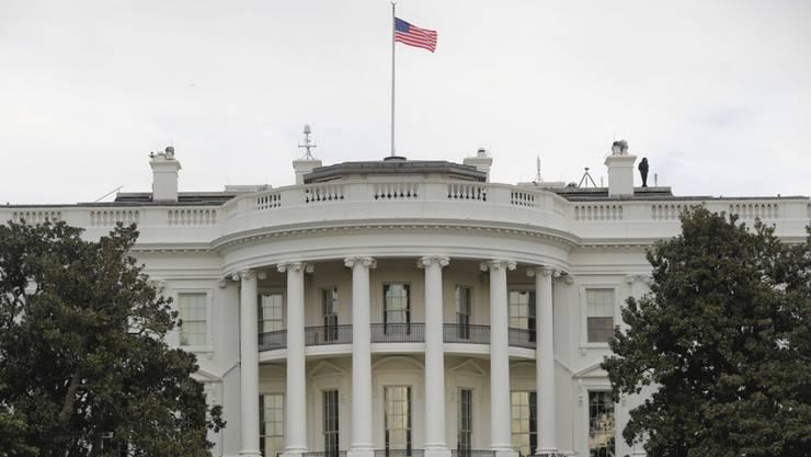 Die neuen Sanktionen gegen Iran seien schon länger in Vorbereitung gewesen, sagten die Insider - im Bild das Weisse Haus in Washington am Donnerstag.