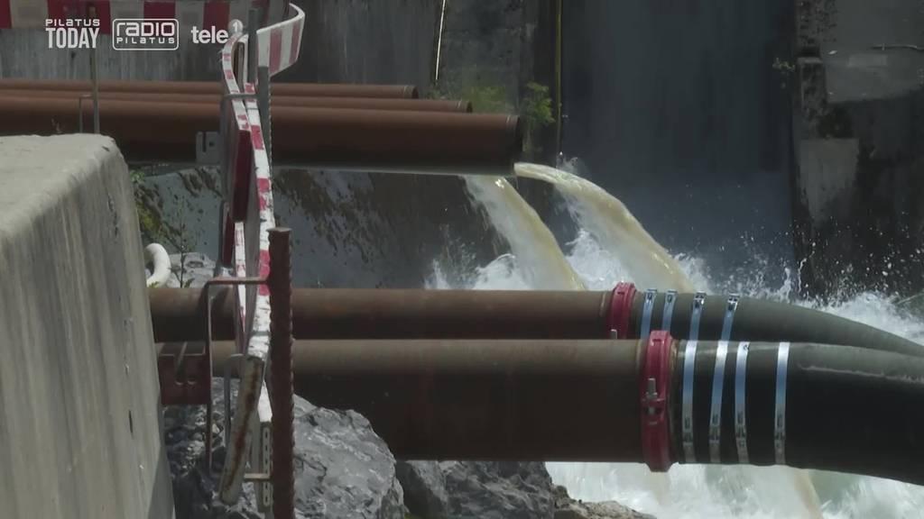 Wegen Wassereinbruch: Bohrarbeiten am Stollen gestoppt