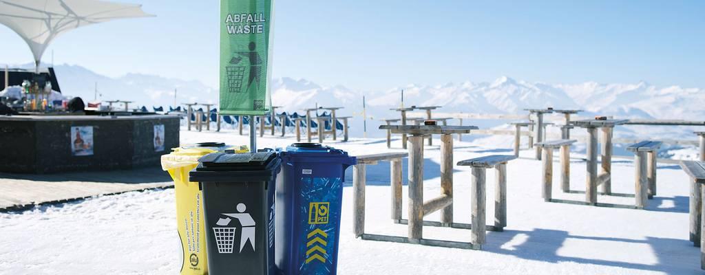 In Laax ist Mülltrennung auch in den hohen Bergen möglich. (Bild: laax.com)