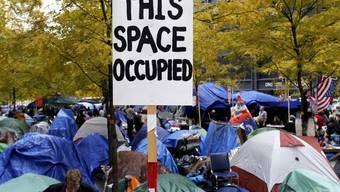 Eine Aufnahme des Protestcamps im Zucotti Park in New York vor der Zwangsräumung im November 2011