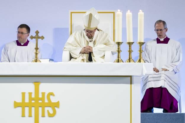 Franziskus hielt zum Abschluss seines Besuches in Genf die Heilige Messe.