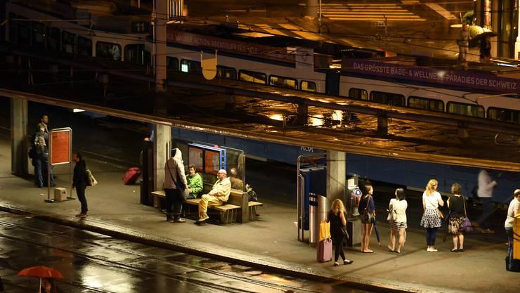 Am Sonntagabend zwischen 21 und 22 Uhr wurde es in etlichen Teilen der Zürcher Innenstadt plötzlich zappendduster.