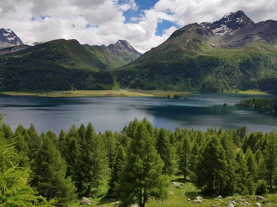 Landschaftliche Kargheit führt zu höchster Vergeistigung: der Silsersee.