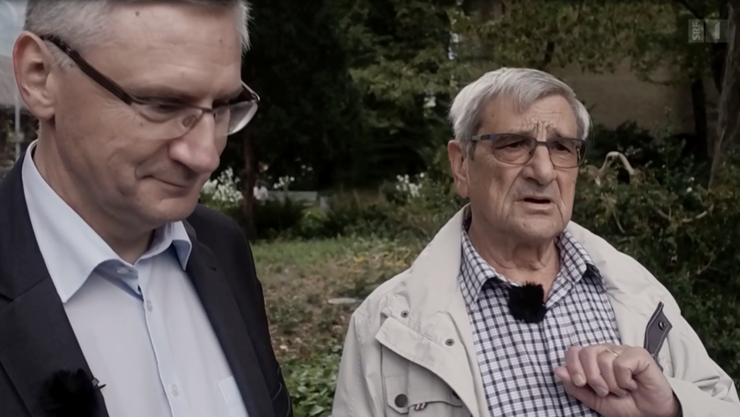 Beleidigt im Volksgarten Eritreer: Hans-Rudolf Glarner mit Sohn Andreas.